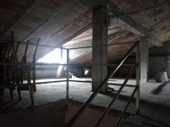 Niardo casa da ristrutturare